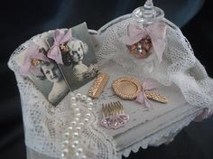 Shabby chic vanity table 1/12th scale