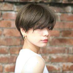 Haircuts For Long Hair, Cool Haircuts, Hairstyles Haircuts, Pretty Hairstyles, Short Hair Tomboy, Girl Short Hair, Medium Short Hair, Short Hair Cuts, Shot Hair Styles