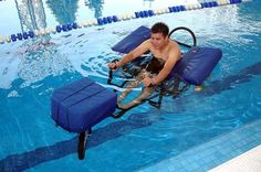 This aquatic wheelchair allows those who use a wheelchair to perform aquatic therapy or water-aerobics. It offers comfort, security and autonomy. Adaptive Sports, Adaptive Equipment, Pool Equipment, Swimming Aids, Aquatic Therapy, Water Aerobics, Assistive Technology, Wheelchairs, Cerebral Palsy
