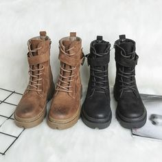 Martin boots women 2018 winter new style, velvet net, red English boots, INS thick bottom short tube desert shoes. Runners Outfit, Desert Shoes, Martin Boots, Playing Dress Up, Combat Boots, Footwear, Velvet, Booty, Fancy