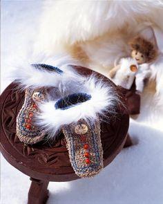 Des chaussons en tricot et fourrure / Slippers knit and fur