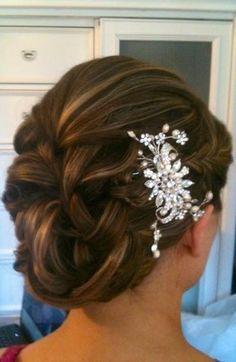 Love the classy Bridal Braid Elegant Hairstyles, Bride Hairstyles, Pretty Hairstyles, Wedding Hair And Makeup, Wedding Hair Accessories, Hair Makeup, Bridesmaid Hair, Prom Hair, Long Hair Designs
