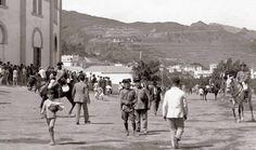 Paseando por la plaza de toros se S/C  de Tenerife