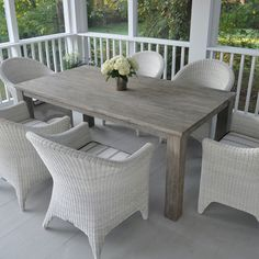 Kingsley-Bate Outdoor Patio and Garden Furniture - Kingsley-Bate's Valhalla tables are constructed
