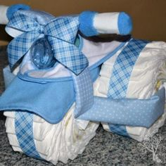 Tricycle Diaper Cake Tutorial- love this idea! #babyshower #gift