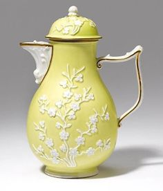 Lemon yellow Meissen coffee pot.