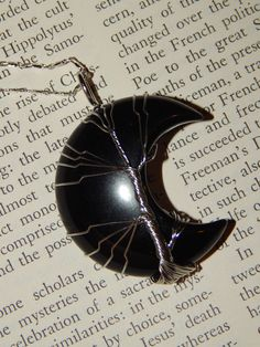 Genuine BLACK AGATE Moon Necklace - Silver Wire Wrapped Crescent Moon Pendant with Agate Crystal - Tree of Life Necklace - Reiki Pendant Tree Of Life Necklace, Moon Necklace, Gemstone Necklace, Crystal Tree, Black Agate, Crystal Aesthetic, Life Design, Silver Necklaces, Gemstones