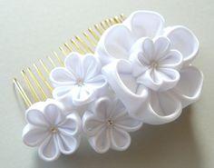 White Bridal Kanzashi Fabric Flower hair comb . Bridal Hair piece. Kanzashi hair…