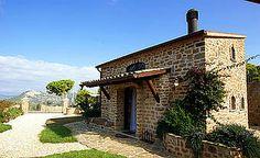 Ferienhaus: Casa delle Api - Ein Schmuckstück im nördlichen Cilento mit einzigartiger Architektur. - www.cilento-ferien.de