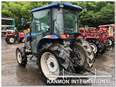 UsedJapaneseTractors.jp : ISEKI GEAS AT 50 CABIN 4WD 50th, Cabin, Tractor, Cabins, Cottage, Wooden Houses