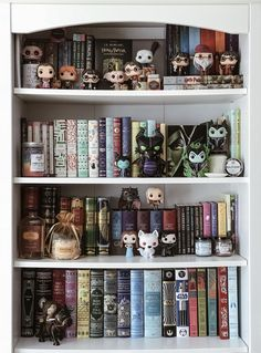 Shelfie with classic books and literature. Can you spot the tea book tins? Library Room, Dream Library, Classic Bookshelves, Bookcases, Funko Pop Display, Bookshelf Inspiration, Book Aesthetic, Shelfie, Book Nooks