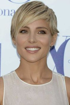Elsa Pataky - sexy short blonde hair The long layers in the front make this haircut super-easy to style — just use your fingers and a texturising wax or cream for separation Daily Hairstyles, Summer Hairstyles, Cool Hairstyles, Celebrity Short Hair, Celebrity Hairstyles, Short Blonde, Blonde Hair, Short Hair Cuts For Women, Short Hair Styles