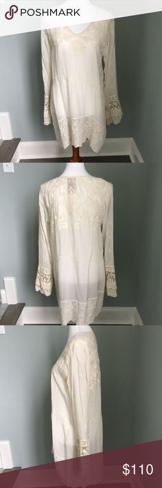 New without tags Johnny Was blouse New without tags, worn once, Johnny Was embroidered blouse. Could be worn as long top with leggings or as a dress with boots. Great for fall!! Johnny Was Tops Blouses