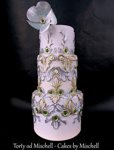 Gold - silver wedding cake Metallic Wedding Cakes, Lilac Wedding, Unique Wedding Cakes, Gorgeous Cakes, Pretty Cakes, Amazing Cakes, Jewel Cake, Fashion Cakes, Dream Cake