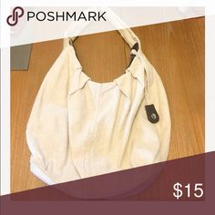 Khaki and gold boho bag Gap hobo bag. Khaki linen with gold thread. Great fall bag!!! Very clean no stains tears or defects. Used for one season. GAP Bags