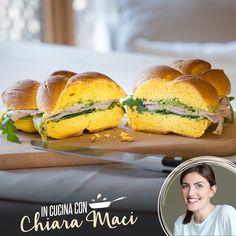 Chiara Maci vuole stupirvi con un delizioso pane di zucca farcito con tacchino…