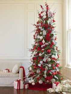 What Balsam Hill tree did you decorate for this theme and how did you start decorating it? For this theme, I decorated the Silverado Slim. One of my favorite techniques when decorating trees is to start arranging ornaments and embellishments from the top going downwards. What mix of ornaments was used? The Red, White and …