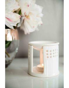 Brûle parfum Anshula en céramique blanche.