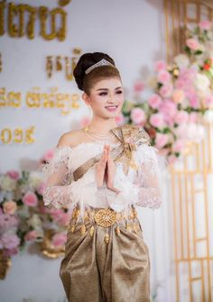Khmer Wedding, Traditional Wedding, Cambodia, Victorian, Woman, Lady, Girls, Dresses, Fashion