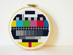 Cross stitch Pattern PDF. Instant download. TV Test Screen. Includes easy beginners instructions.