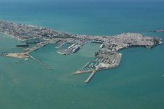 La bahía de Cádiz, la zona de España con más riesgo de tsunami - http://www.meteorologiaenred.com/la-bahia-de-cadiz-la-zona-de-espana-con-mas-riesgo-de-tsunami.html