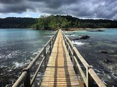 The Atlantic archipelago of São Tomé and Príncipe includes two islands and several islets, among them Bom Bom island – connected by bridge to Príncipe. Since 2012, the island has formed a part of Unesco's Island of Príncipe biosphere reserve. Photo: Kevin Rushby