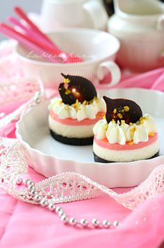 PINK LYCHEE MOUSSE CAKE