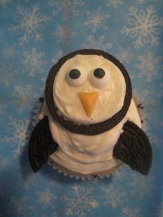 Oreo Cookies and Cream Penguin Cupcake