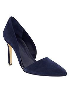 Guys.  I really really want these pumps.  Can't afford.  But really want. (Adelia Pump | Banana Republic)