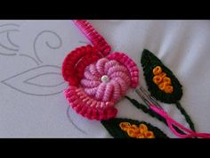 how to do brazilian embroidery stitches Brazilian Embroidery Stitches, Basic Embroidery Stitches, Hand Embroidery Videos, Hand Embroidery Tutorial, Embroidery Flowers Pattern, Creative Embroidery, Hand Embroidery Designs, Embroidery Kits, Ribbon Embroidery
