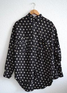 Kup mój przedmiot na #vintedpl http://www.vinted.pl/damska-odziez/koszule/10409880-czarna-koszula-w-grochy