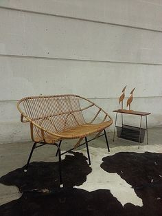 Rattan Sofa, Rattan Furniture, Wicker, Minimal Home, Butterfly Chair, Couches, New Homes, Lounge, Backyard