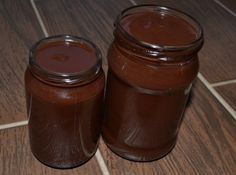 házi nutella (dióból is lehet készíteni mogyoró helyett) How To Make Homemade, Food To Make, Yummy Drinks, Delicious Desserts, Homemade Nutella Recipes, Homemade Recipe, Biscuit Cake, Gourmet Gifts, Food Crafts