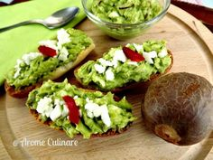 Food Staples, Avocado Toast, Guacamole, Food And Drink, Appetizers, Vegetarian, Cooking, Breakfast, Ethnic Recipes