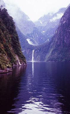 Milford Sound, Southland, New Zealand by DY Pics on Flickr.