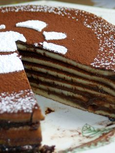 Find images and videos about food, sweet and yummy on We Heart It - the app to get lost in what you love. Köstliche Desserts, Delicious Desserts, Dessert Recipes, Yummy Food, Chocolate Crepes, Nutella Crepes, Waffles, Pancakes, Crepe Cake