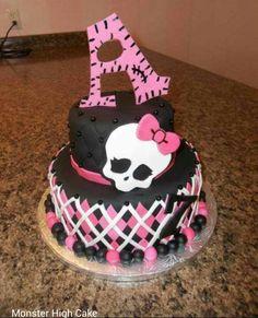 Monster High Cake ... Love the design on the bottom cake...I totally love argyle!!!