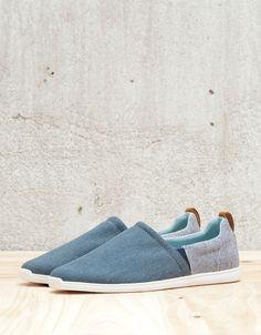 Men's combined fabric sneakers - View All - Bershka Romania Sock Shoes, Cute Shoes, Men's Shoes, Shoes For School, Mens Flip Flops, Fabric Shoes, Mens Fashion Shoes, Fashion Books, Summer Shoes