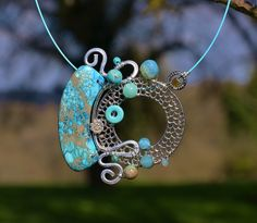"""Collier """"Titanyde"""" by Dumauvobleu Polymer Clay Art, Polymer Clay Jewelry, Pendant Design, Wind Chimes, Washer Necklace, Bracelets, Earrings, Inspiration, Coups"""