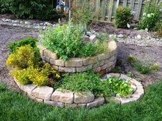 Cómo crear un jardín de hierbas aromáticas en espiral