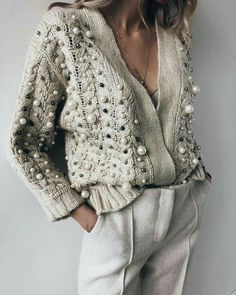 Latest fashion trends in women's Sweaters. Shop online for fashionable ladies' Sweaters at Floryday - your favourite high street store. Look Fashion, Trendy Fashion, Winter Fashion, Womens Fashion, Trendy Style, Fashion Shoes, Beach Fashion, Classy Fashion, Knit Fashion