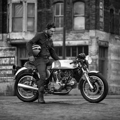 @nickcafe74 on his beautiful 1979 Ducati 900GTS with an Evan Wilcox tank. Shot by @photomoss in the Minneapolis Warehouse District. Thank you! #croig #caferacersofinstagram