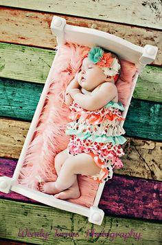PRG98126 White Newborn Baby Bed