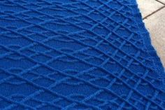 Diamonds Blanket - Knitting Patterns by Jenise Reid