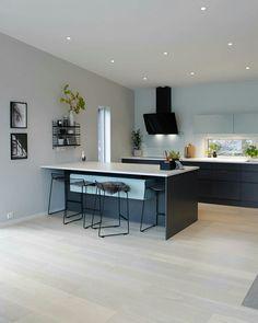 Condominium Interior, Open Plan Kitchen Living Room, Home Decor, House Interior, Kitchen Dining Room, Home Kitchens, Modern Kitchen Design, Funky Kitchen, Kitchen Design
