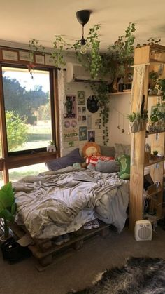 Room Design Bedroom, Room Ideas Bedroom, Bedroom Decor, Bedroom Inspo, Indie Room Decor, Grunge Room, Pretty Room, Cozy Room, Aesthetic Bedroom