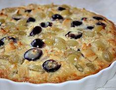 Грушево-виноградный пирог