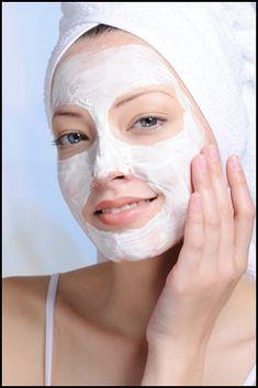 Natural Homemade Face Mask Recipes And Skin Care Tips Photo Homemade Facial Mask, Homemade Facials, Strawberry Face Mask, Avocado Mask, Clay Face Mask, Clay Masks, Facial Care, Facial Tips, Facial Masks