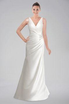 Vintage Sheath Wedding Dress with Delicate Appliqués