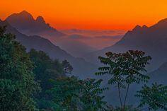 Google Afbeeldingen resultaat voor http://rishikajain.com/wp-content/uploads/2012/10/Sunset-at-Corsica-France.jpeg